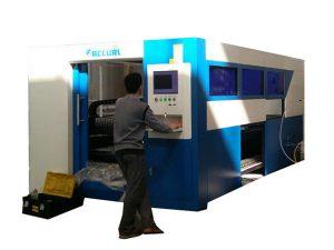 2kw fiberoptisk laserskärningsmaskin justerbar hastighet för metallrör